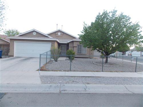Photo of 7612 RAINMAKER Road SW, Albuquerque, NM 87121 (MLS # 990127)