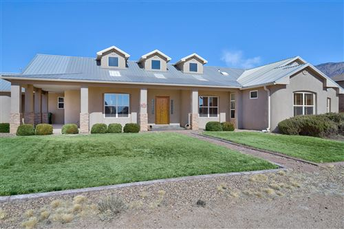 Photo of 10701 SAN RAFAEL Avenue NE, Albuquerque, NM 87122 (MLS # 986128)
