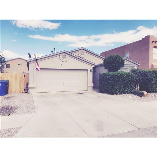 Photo of 540 WHISPERING Street SW, Albuquerque, NM 87121 (MLS # 969138)