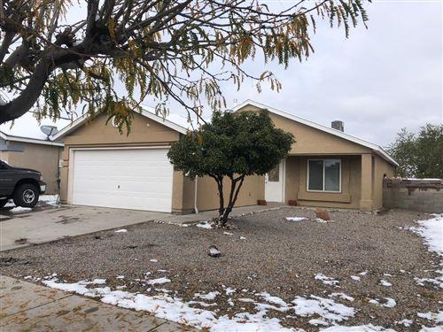 Photo of 1840 SHADOWCAST Drive SW, Albuquerque, NM 87121 (MLS # 980139)