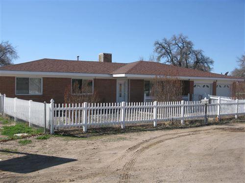 Photo of 4 GURULE Road, Peralta, NM 87042 (MLS # 963141)