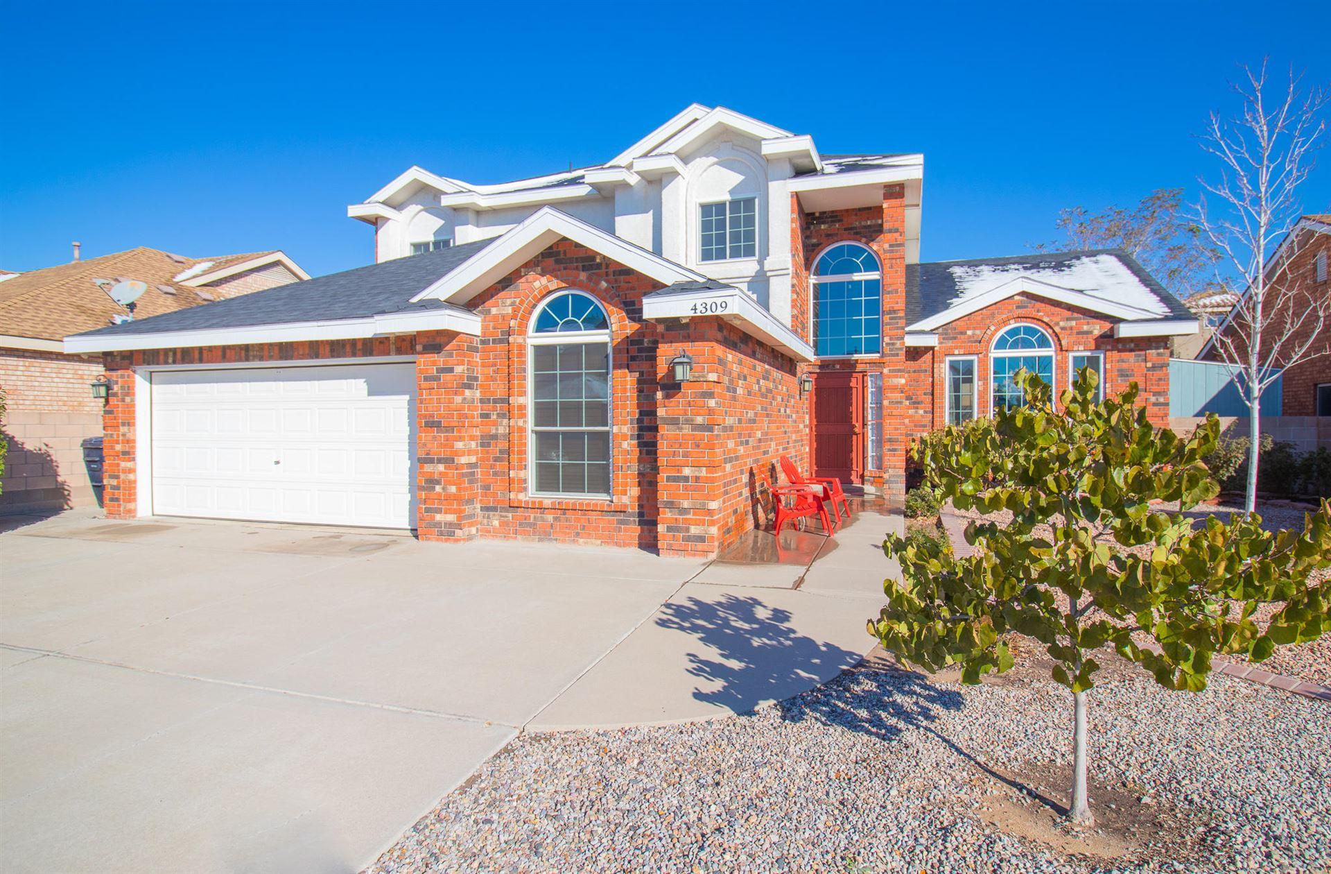Photo of 4309 Rosecliff Avenue NW, Albuquerque, NM 87114 (MLS # 980141)