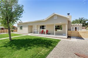 Photo of 2201 Marie Place NW, Albuquerque, NM 87104 (MLS # 954142)