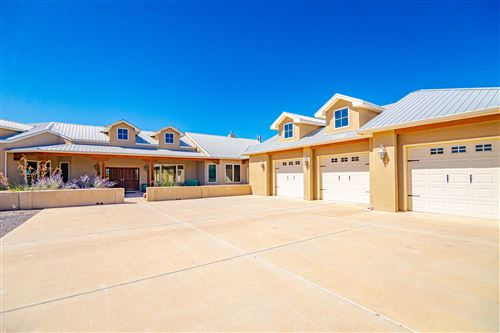 Photo of 325 Braught Lane, Bosque Farms, NM 87068 (MLS # 955143)