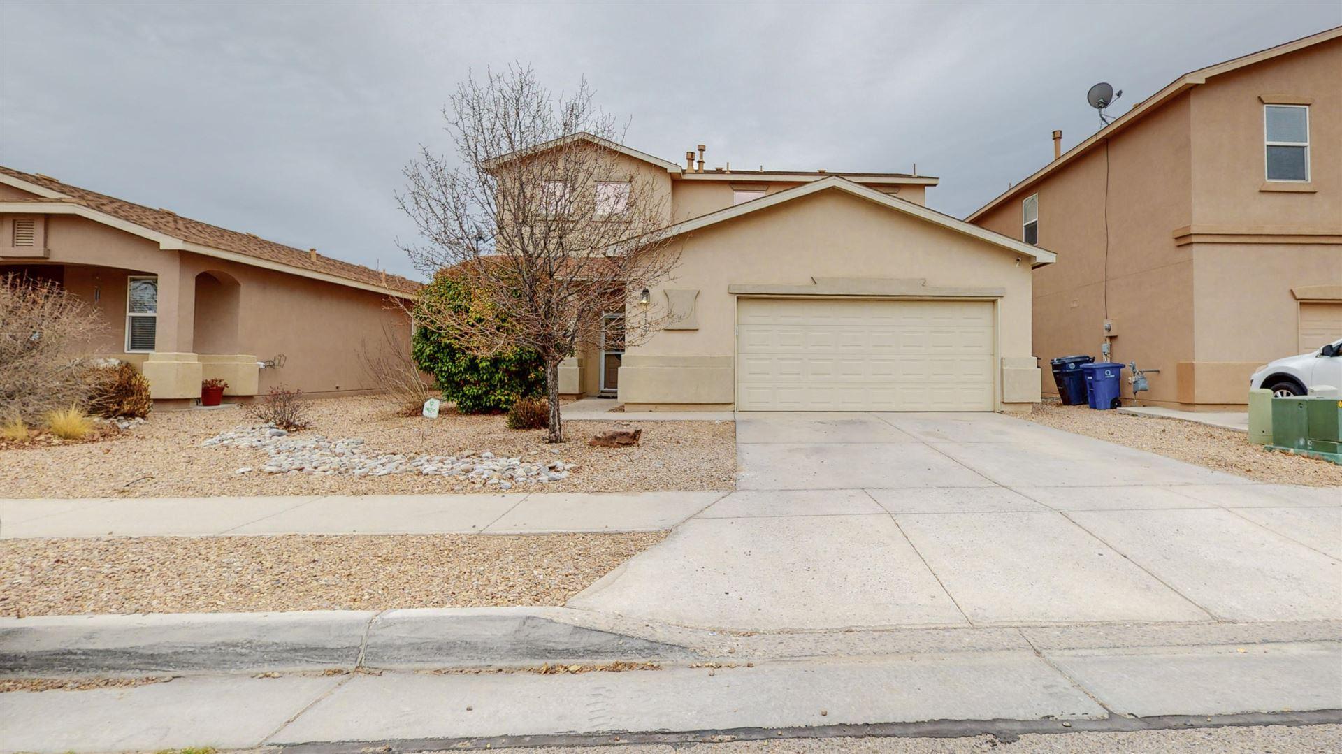 Photo of 3112 W MEADOW Drive SW, Albuquerque, NM 87121 (MLS # 984147)
