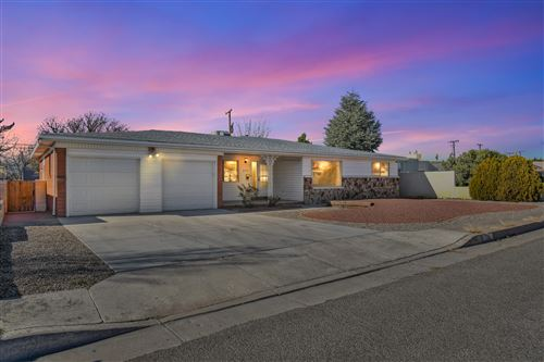 Photo of 2917 ALCAZAR Street NE, Albuquerque, NM 87110 (MLS # 982148)