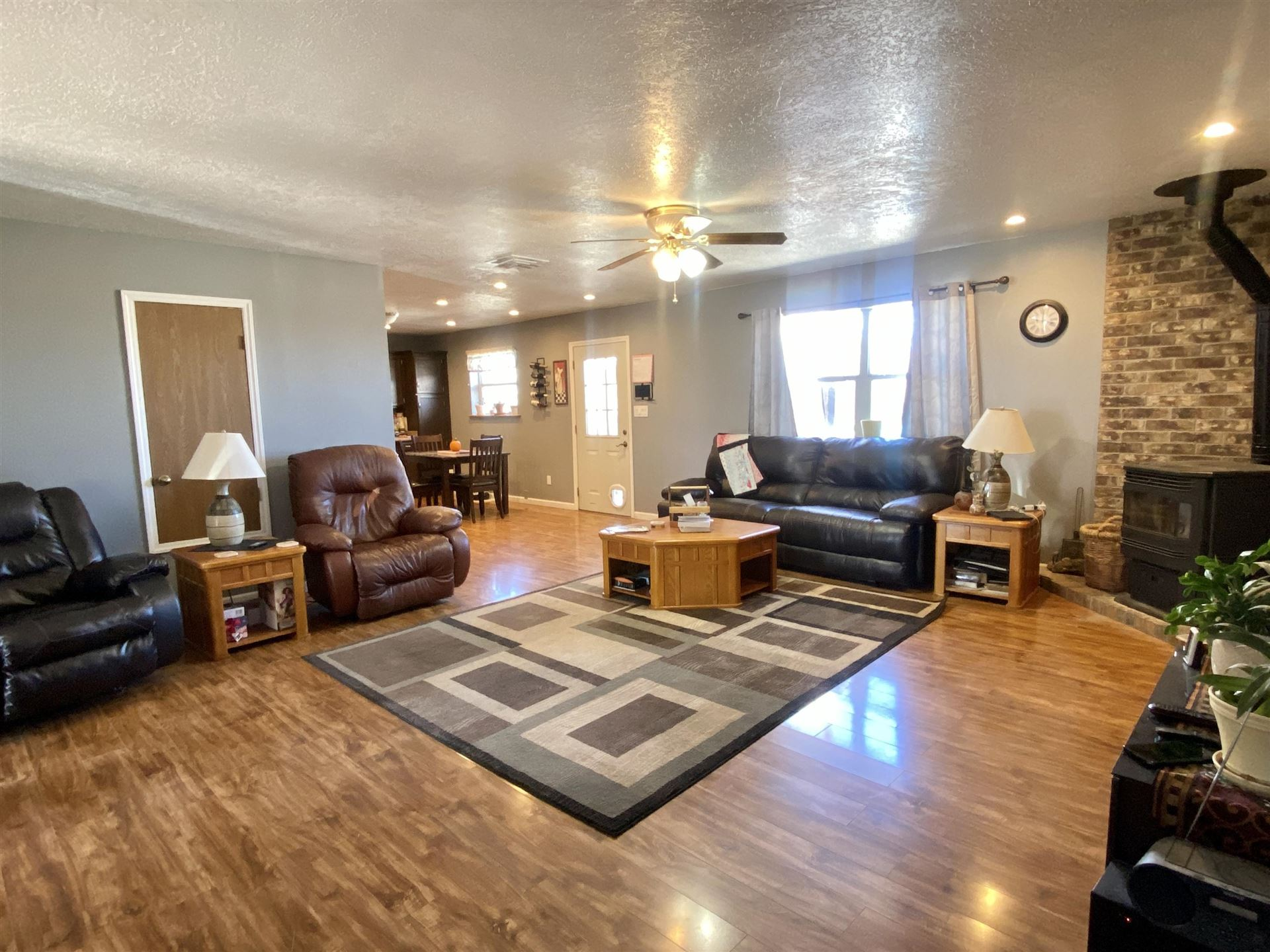 Photo of 611 NORTHERN Boulevard NW, Rio Rancho, NM 87124 (MLS # 978155)