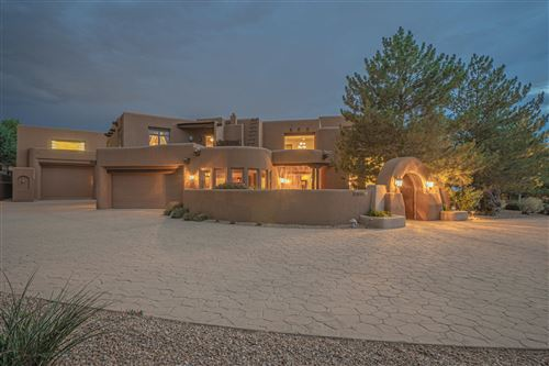 Photo of 10200 CORONA Avenue NE, Albuquerque, NM 87122 (MLS # 994158)