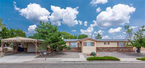 Photo of 1100 Sandler Drive NE, Albuquerque, NM 87112 (MLS # 997160)