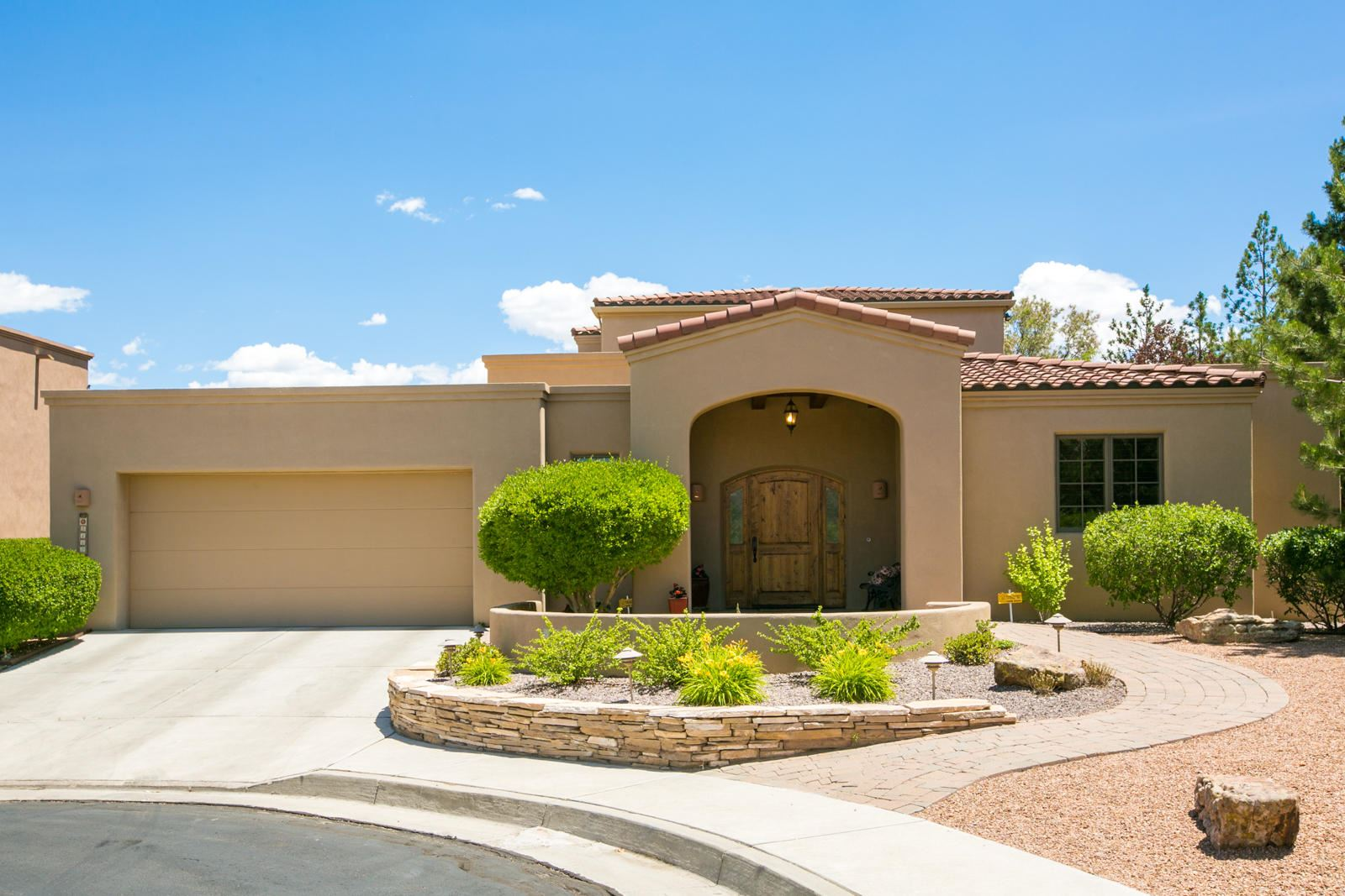 Photo of 5112 COYOTE HILL Way NW, Albuquerque, NM 87120 (MLS # 969160)