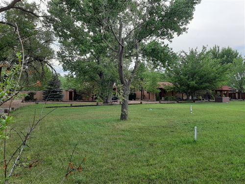 Photo of 812 Villa Guadalupe NW, Albuquerque, NM 87114 (MLS # 980163)