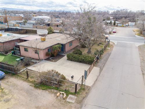 Photo of 6600 Edgewood Drive NW, Los Ranchos, NM 87107 (MLS # 937168)