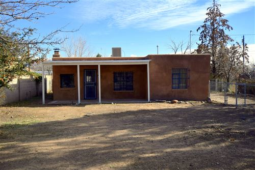 Photo of 4410 11Th Street NW, Albuquerque, NM 87107 (MLS # 939173)