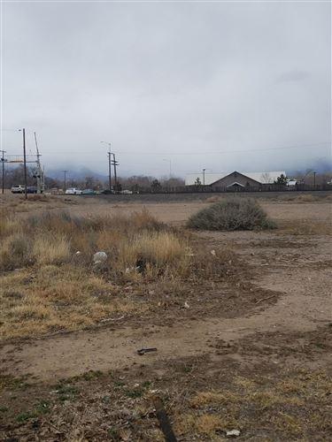 Photo of lot 21 Sandia View Road NW, Albuquerque, NM 87107 (MLS # 912177)