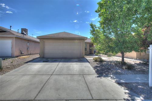 Photo of 1004 72Nd Place NW, Albuquerque, NM 87121 (MLS # 947178)