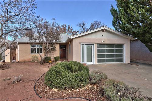 Photo of 1727 KIT CARSON Avenue SW, Albuquerque, NM 87104 (MLS # 981179)