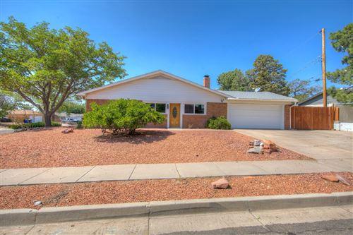 Photo of 11617 Riviera Road NE, Albuquerque, NM 87111 (MLS # 977180)