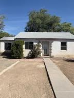 Photo of 720 Carlisle NE, Albuquerque, NM 87110 (MLS # 956184)