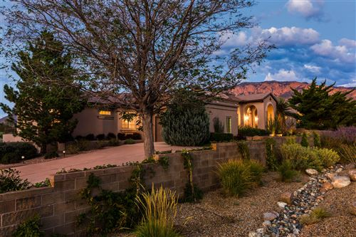 Photo of 9621 Elena Avenue NE, Albuquerque, NM 87122 (MLS # 977187)