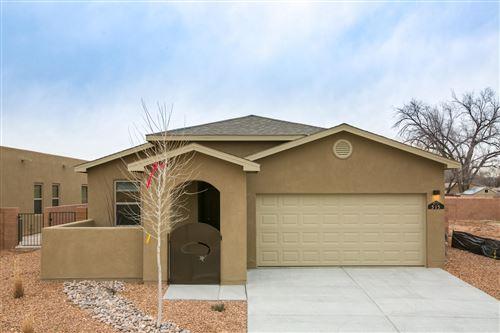 Photo of 524 Twilight Vista Lane SW, Albuquerque, NM 87105 (MLS # 969189)