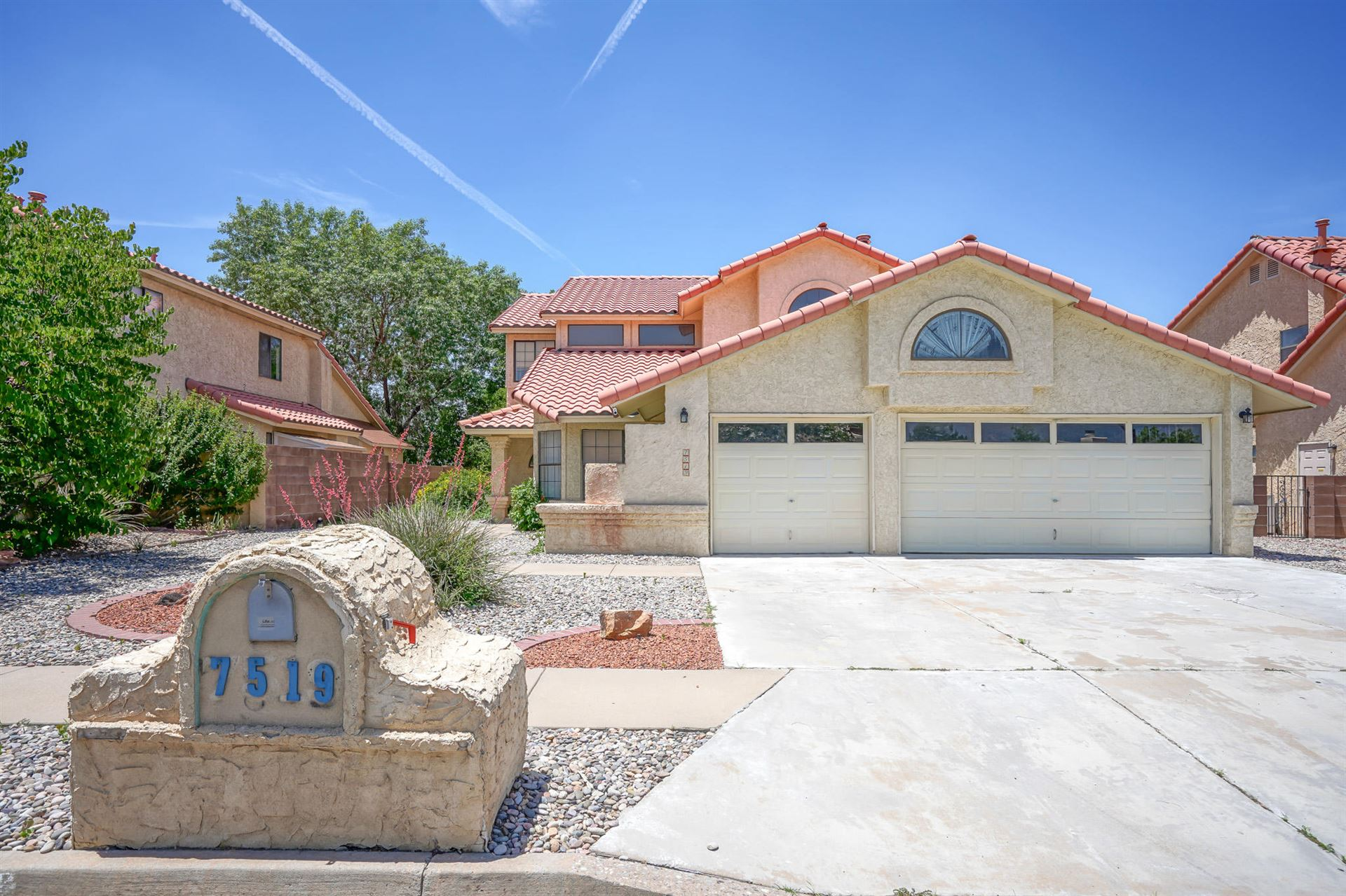 Photo of 7519 CALHOUN Drive NE, Albuquerque, NM 87109 (MLS # 994190)