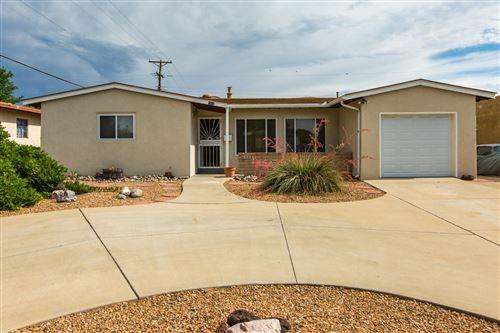 Photo of 5000 PONDEROSA Avenue NE, Albuquerque, NM 87110 (MLS # 971192)