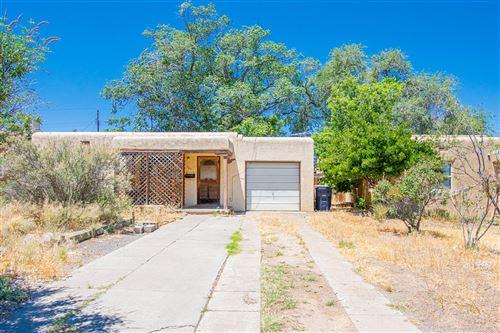 Photo of 509 VALVERDE Drive SE, Albuquerque, NM 87108 (MLS # 970202)