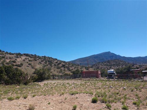 Photo of 13 Camino de las Brisas, Placitas, NM 87043 (MLS # 983203)