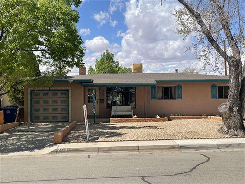 Photo of 2901 E CLAREMONT Place NE, Albuquerque, NM 87110 (MLS # 990206)
