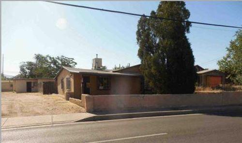 Photo of 1020 BROADWAY Boulevard NE, Albuquerque, NM 87102 (MLS # 960207)