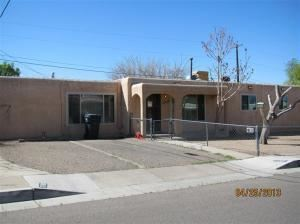 Photo of 7700 Hannett Avenue NE, Albuquerque, NM 87110 (MLS # 960208)