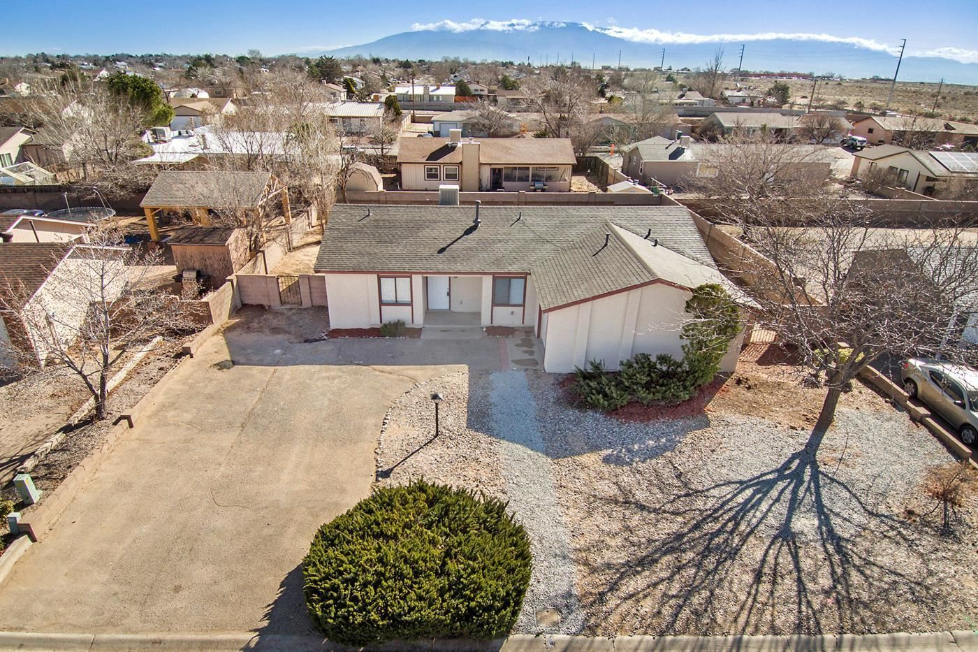 Photo of 936 ORCHID Drive SW, Rio Rancho, NM 87124 (MLS # 964208)