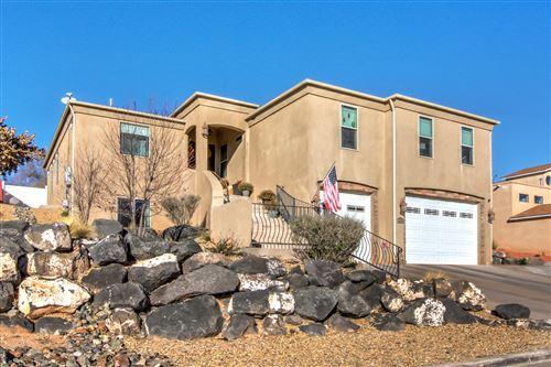 Photo of 5813 Alegria Road NW, Albuquerque, NM 87114 (MLS # 974209)