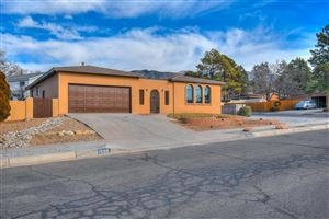 Photo of 1500 Eastridge Drive NE, Albuquerque, NM 87112 (MLS # 949214)