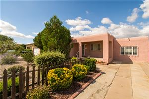 Photo of 2635 Sierra Drive NE, Albuquerque, NM 87110 (MLS # 954216)
