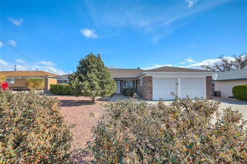 Photo of 512 PALISADES Drive NW, Albuquerque, NM 87105 (MLS # 982216)