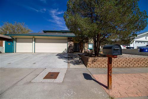 Photo of 12924 EASTRIDGE Drive NE, Albuquerque, NM 87112 (MLS # 990217)