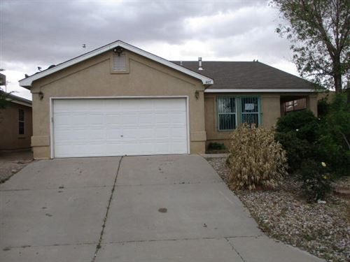 Photo of 405 MAYFAIR Place SW, Albuquerque, NM 87121 (MLS # 991221)