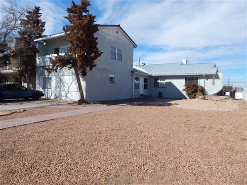 Photo of 1715 SIGMA CHI Road NE, Albuquerque, NM 87106 (MLS # 961223)