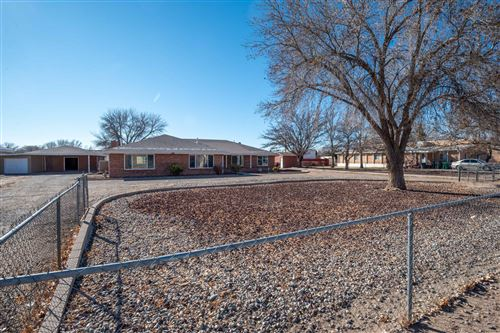 Photo of 2912 Thompson Lane SW, Albuquerque, NM 87105 (MLS # 983225)