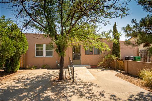Photo of 314 WAYNE Road NW, Los Ranchos, NM 87114 (MLS # 997230)