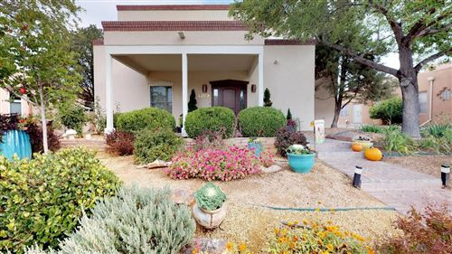 Photo of 4209 VIA DE LUNA NE, Albuquerque, NM 87110 (MLS # 968231)