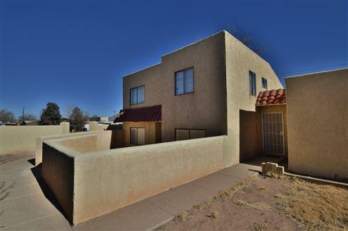 Photo of 114 Sandia Road NW, Albuquerque, NM 87107 (MLS # 984231)