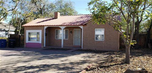 Photo of 724 CARLISLE Boulevard NE, Albuquerque, NM 87106 (MLS # 979238)
