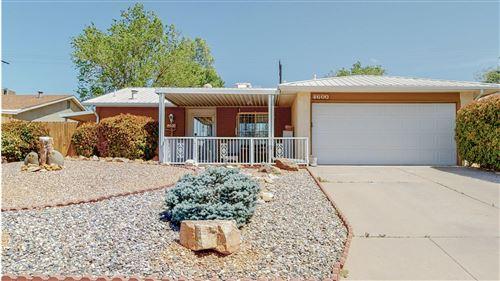 Photo of 4600 ERIC Drive NE, Albuquerque, NM 87109 (MLS # 990245)