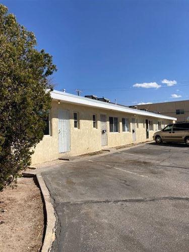 Photo of 1028 ALVARADO Drive SE, Albuquerque, NM 87108 (MLS # 987249)