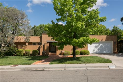 Photo of 7931 SARTAN Way NE, Albuquerque, NM 87109 (MLS # 991249)