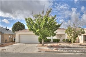 Photo of 11704 Isle Royale Road SE, Albuquerque, NM 87123 (MLS # 954251)