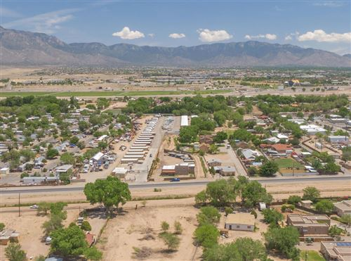 Photo of 10128 2ND Street NW, Albuquerque, NM 87114 (MLS # 993252)