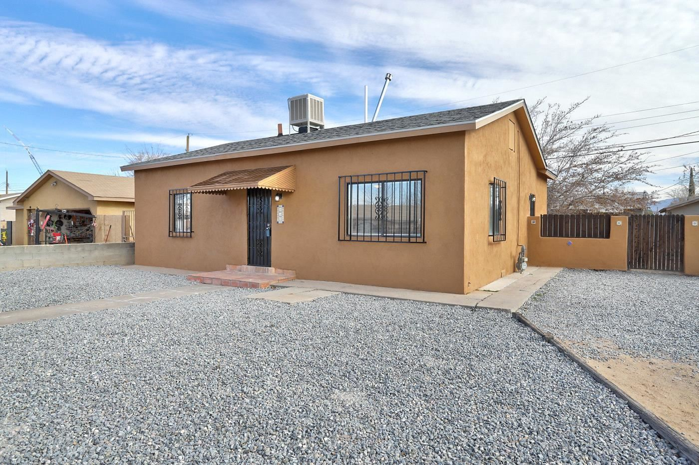 Photo of 416 59TH Street NW, Albuquerque, NM 87105 (MLS # 985256)